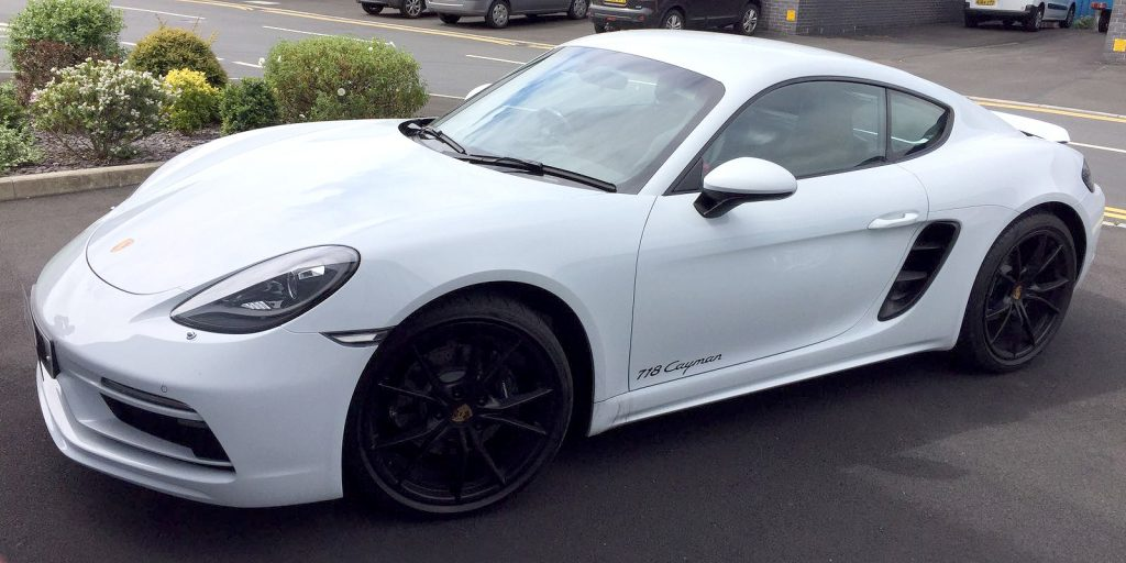 Porsche Cayman 718: Rear Window Tints